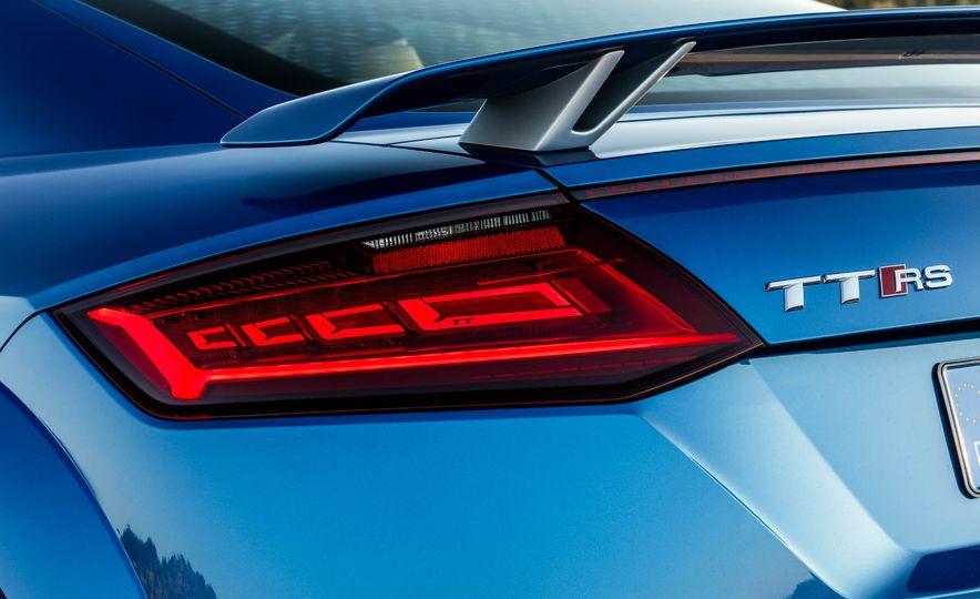2018 Audi TT RS coupe - Slide 55