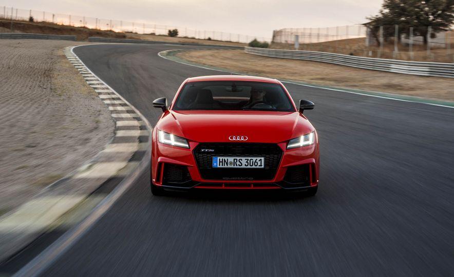 2018 Audi TT RS coupe - Slide 58