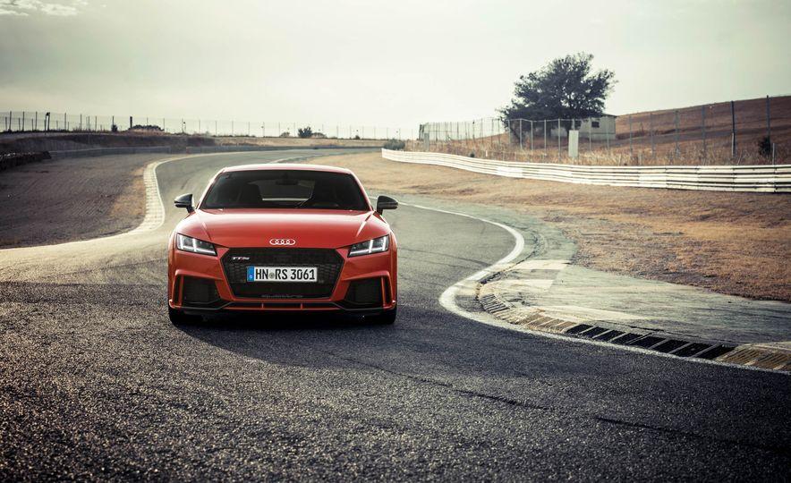2018 Audi TT RS coupe - Slide 64