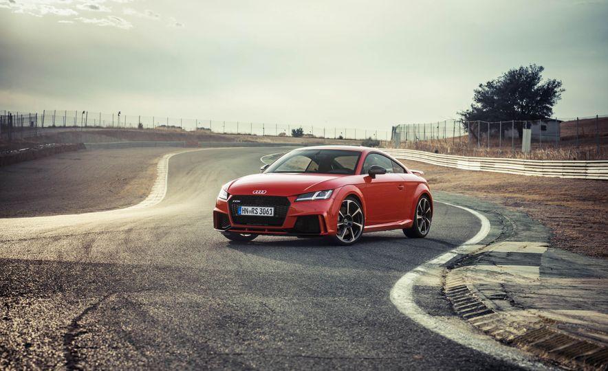2018 Audi TT RS coupe - Slide 65