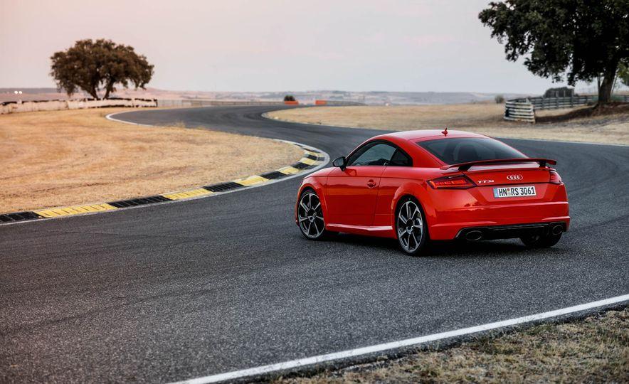 2018 Audi TT RS coupe - Slide 68