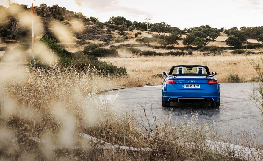 2018 Audi TT RS roadster - Slide 18