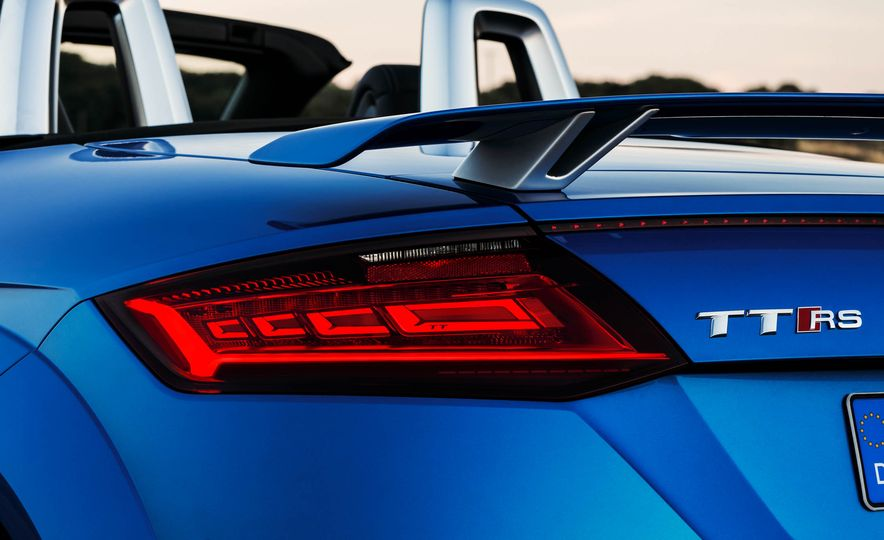2018 Audi TT RS roadster - Slide 28