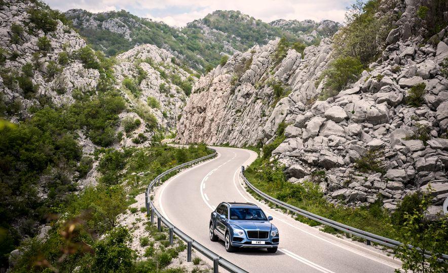 2017 Bentley Bentayga diesel - Slide 9