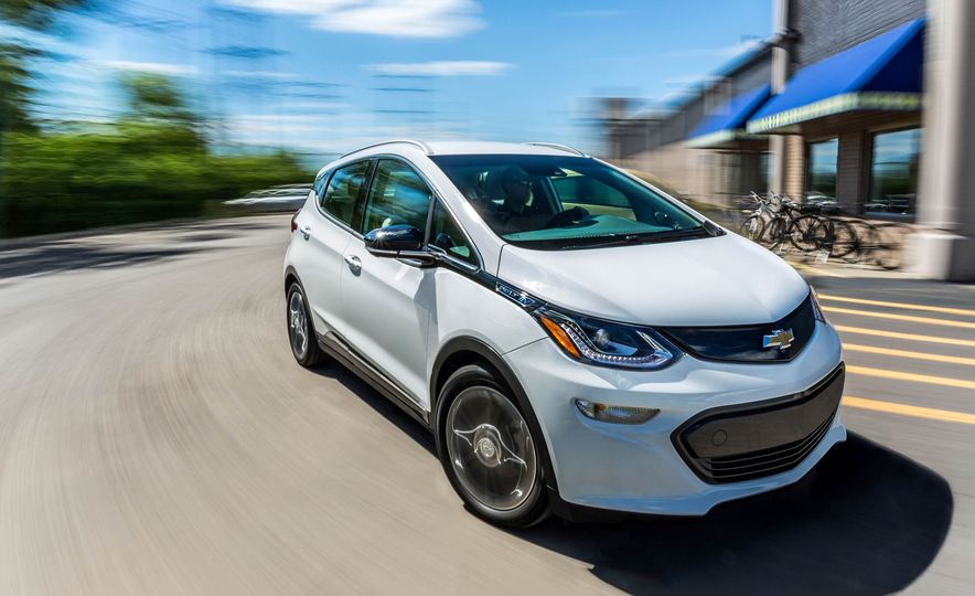 2017 Chevrolet Bolt EV - Slide 1