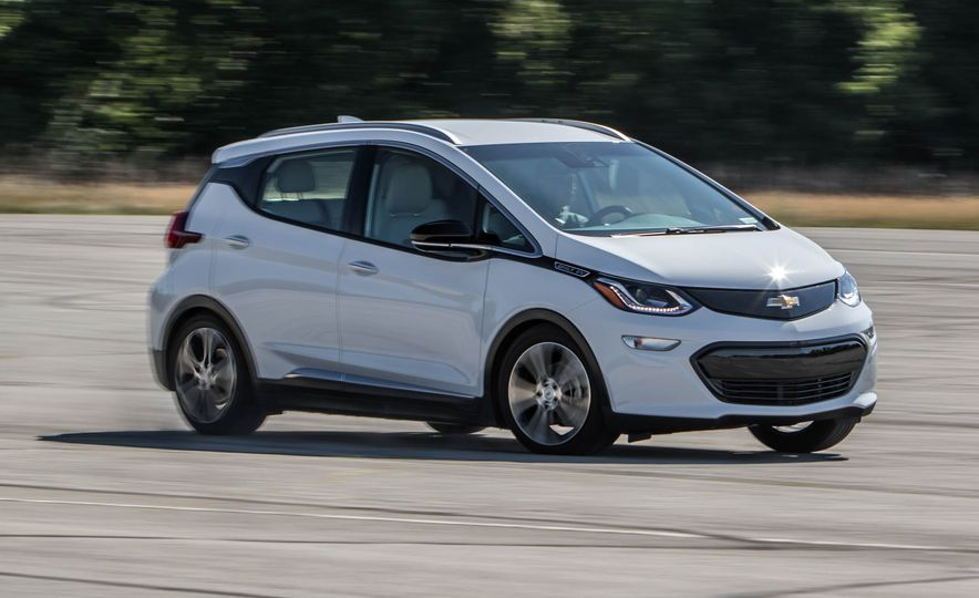 2017 Chevrolet Bolt EV - Slide 2
