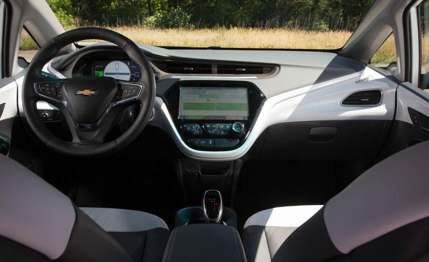 2017 Chevrolet Bolt EV - Slide 13