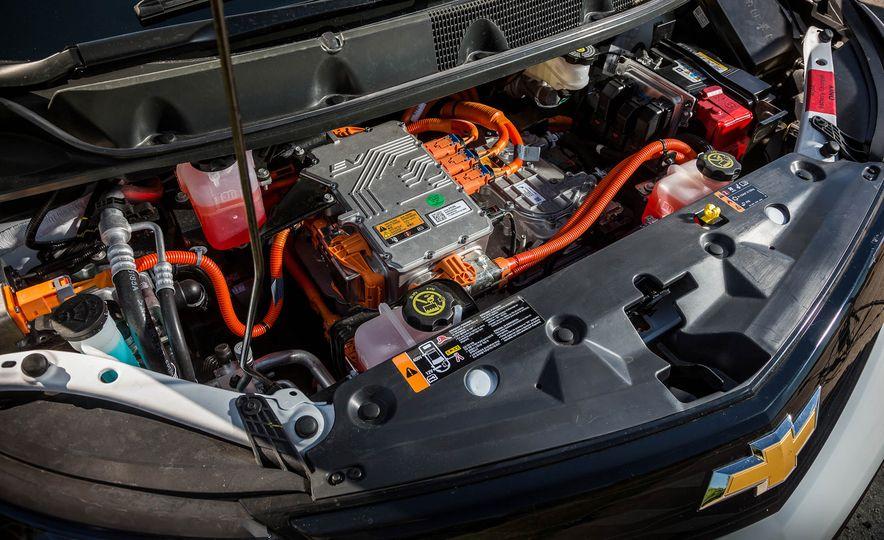 2017 Chevrolet Bolt EV - Slide 23
