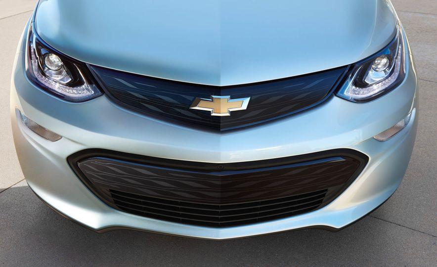 2017 Chevrolet Bolt EV - Slide 32