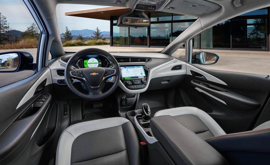 2017 Chevrolet Bolt EV - Slide 36