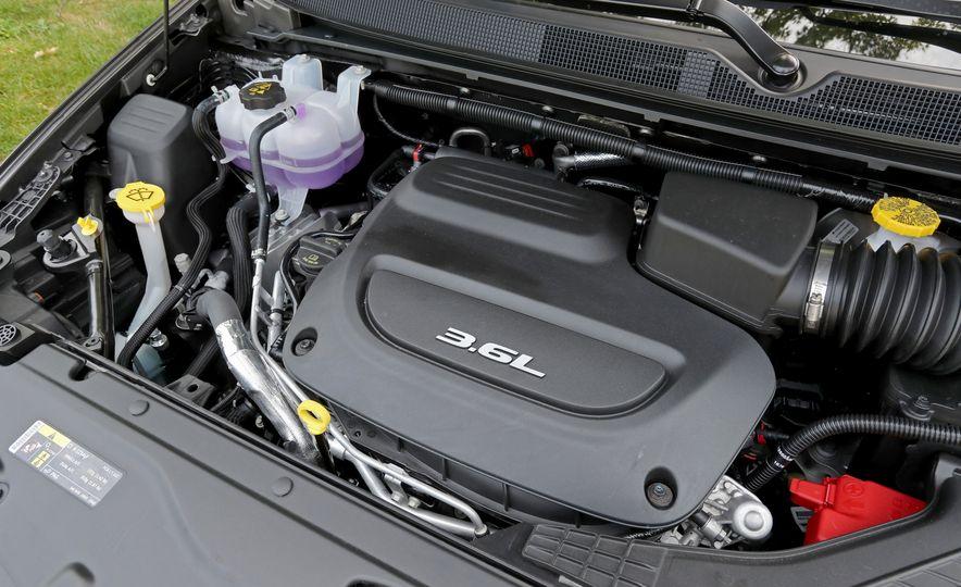 2017 Chrysler Pacifica Touring L - Slide 59