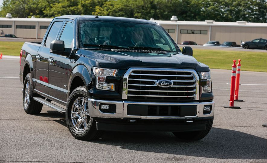 2017 Ford F-150 EcoBoost - Slide 2