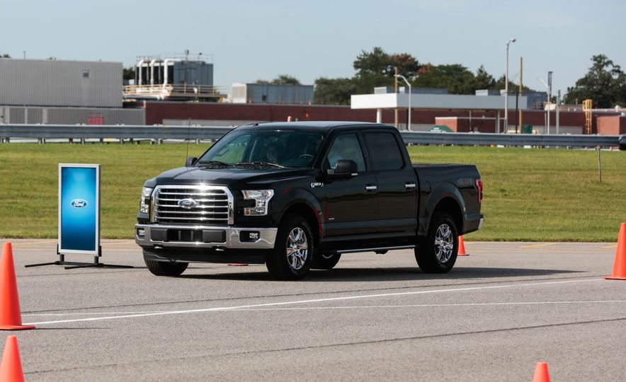 2017 Ford F-150 EcoBoost - Slide 4