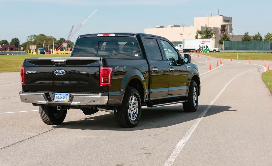 2017 Ford F-150 EcoBoost - Slide 6