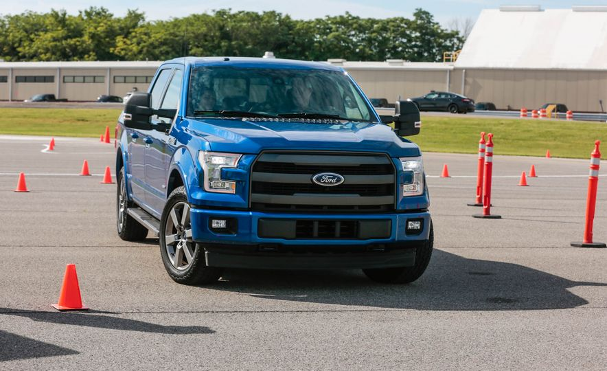 2017 Ford F-150 EcoBoost - Slide 7
