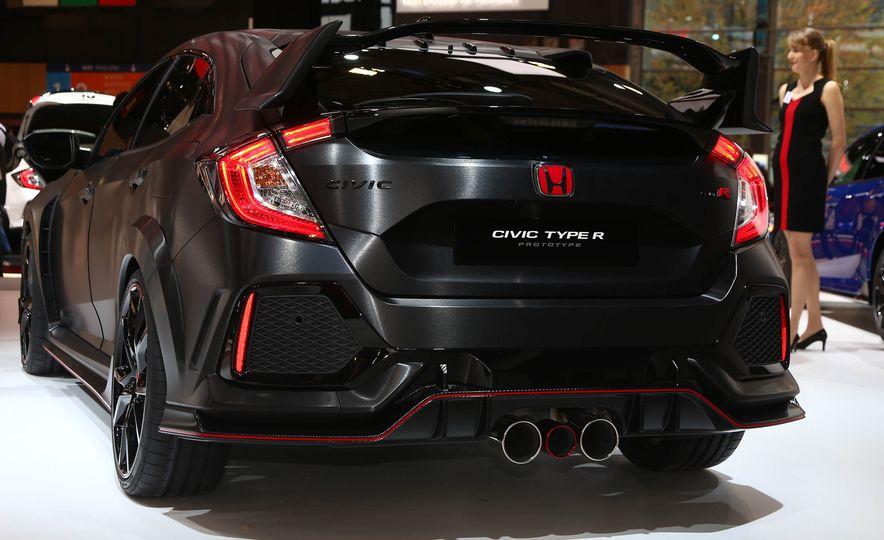 2017 Honda Civic Type R concept - Slide 6