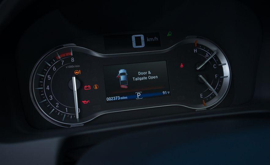 2017 Honda Ridgeline Black Edition - Slide 9