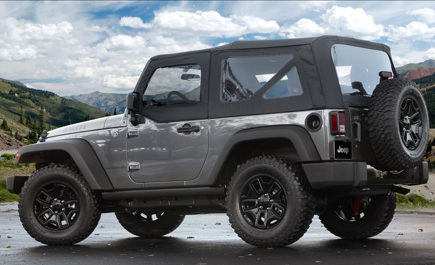 2017 Jeep Wrangler Unlimited - Slide 12