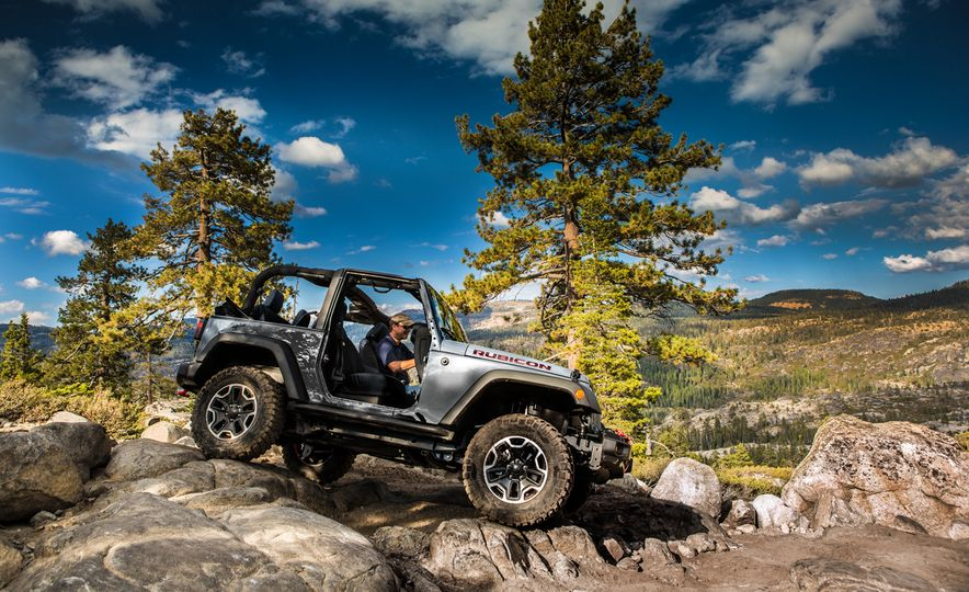 2017 Jeep Wrangler Unlimited - Slide 14