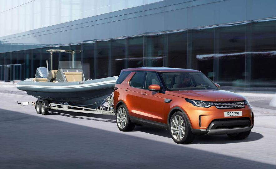 2017 Land Rover Discovery - Slide 27