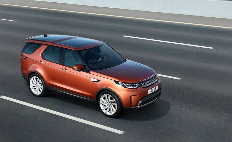 2017 Land Rover Discovery - Slide 28