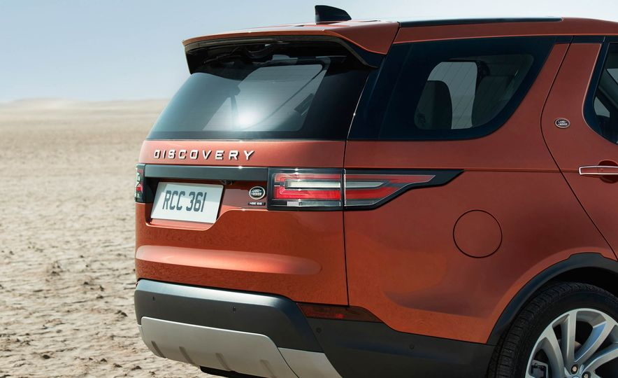 2017 Land Rover Discovery - Slide 36