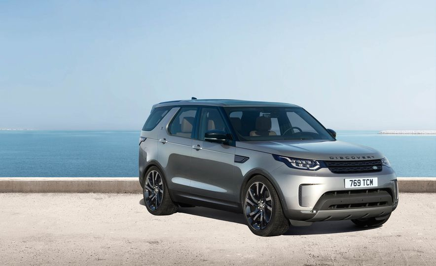 2017 Land Rover Discovery - Slide 37
