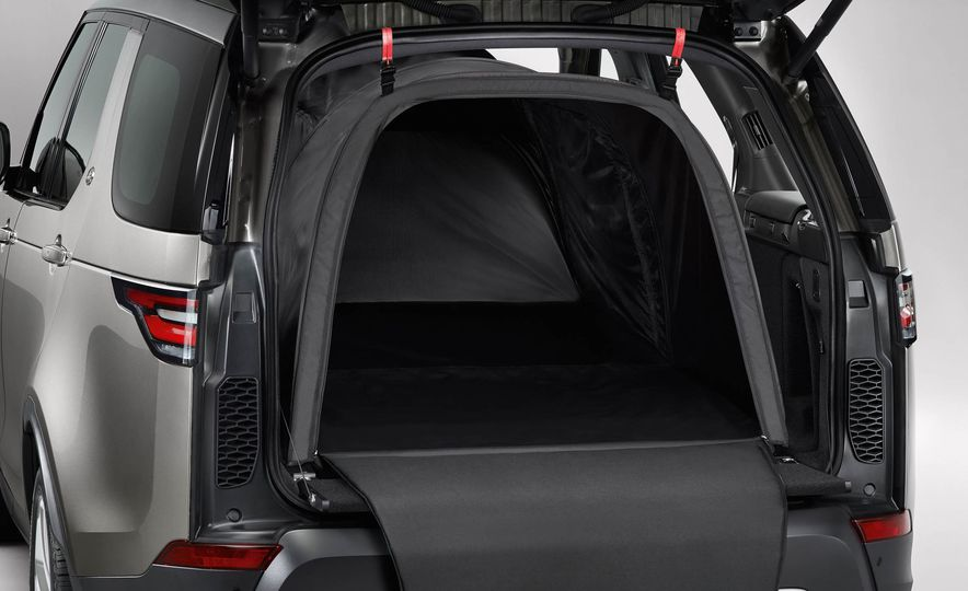 2017 Land Rover Discovery - Slide 46