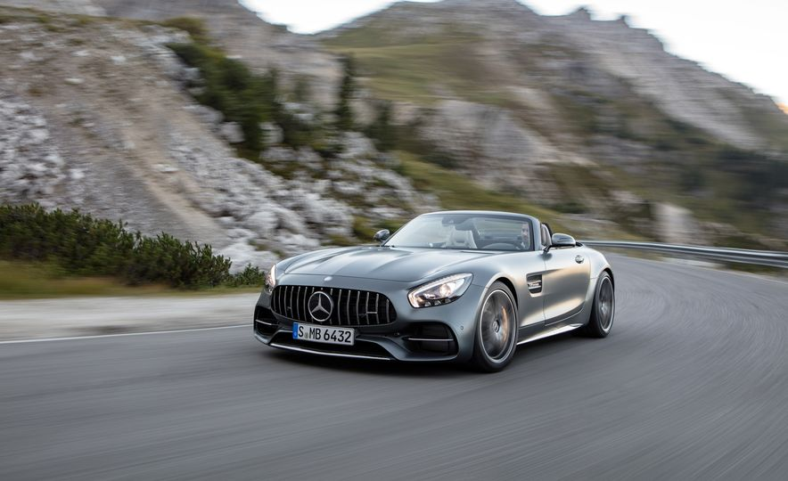 2018 Mercedes-AMG GT and GT C roadsters - Slide 6