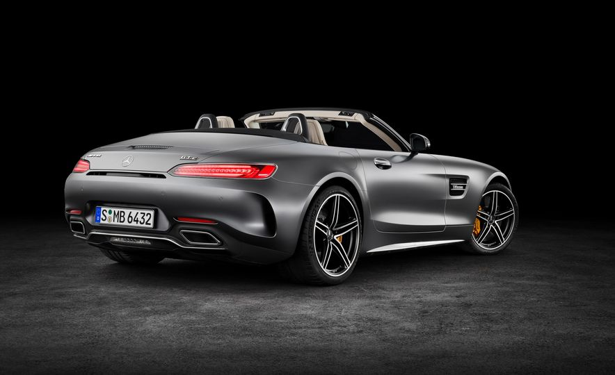 2018 Mercedes-AMG GT and GT C roadsters - Slide 12