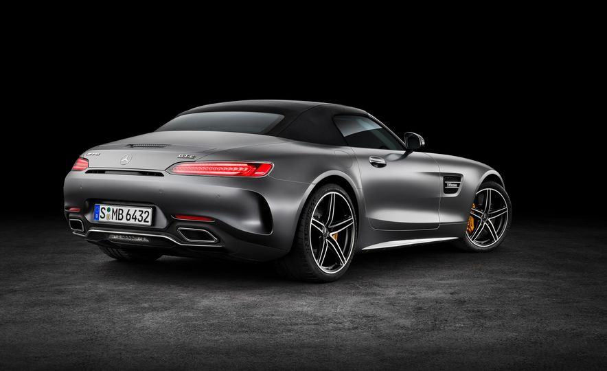 2018 Mercedes-AMG GT and GT C roadsters - Slide 13