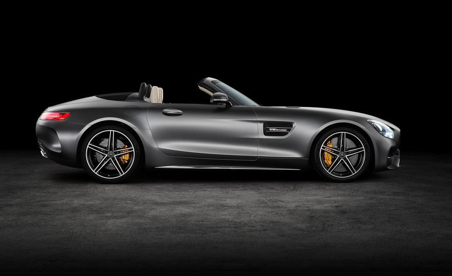 2018 Mercedes-AMG GT and GT C roadsters - Slide 15