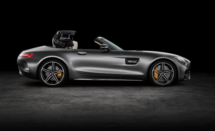 2018 Mercedes-AMG GT and GT C roadsters - Slide 16