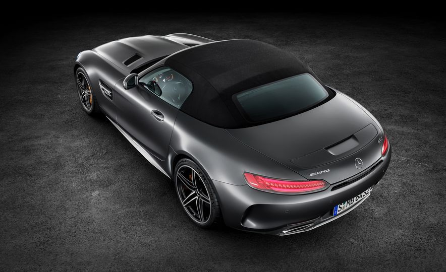 2018 Mercedes-AMG GT and GT C roadsters - Slide 18