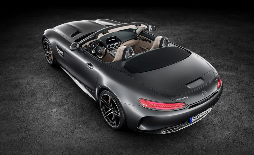 2018 Mercedes-AMG GT and GT C roadsters - Slide 19