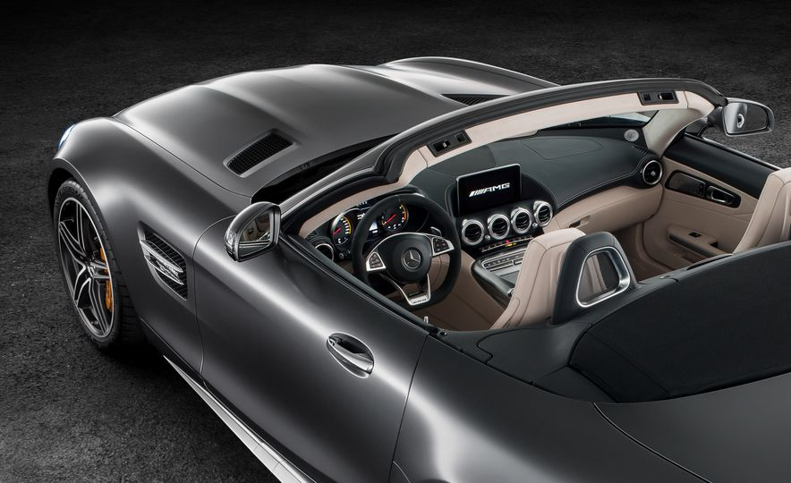 2018 Mercedes-AMG GT and GT C roadsters - Slide 20