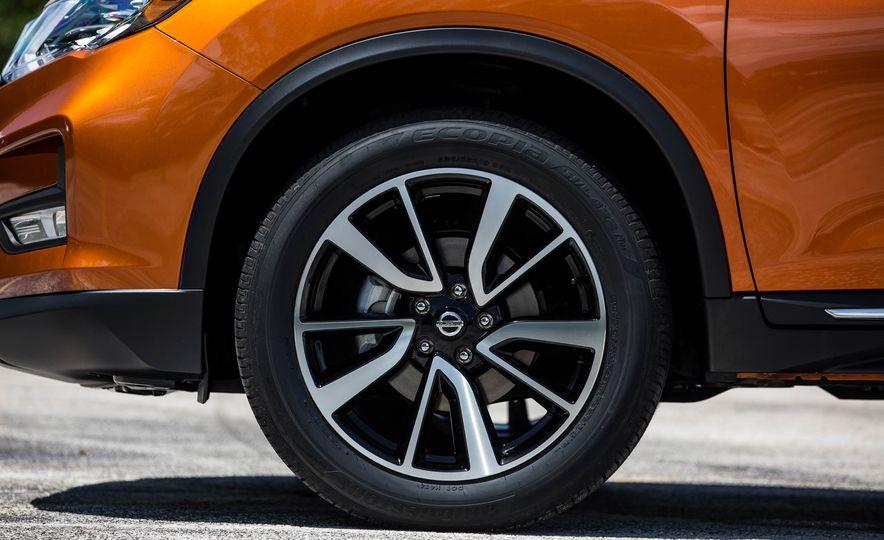 2017 Nissan Rogue SL AWD - Slide 20