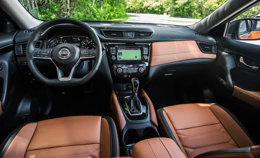 2017 Nissan Rogue SL AWD - Slide 26