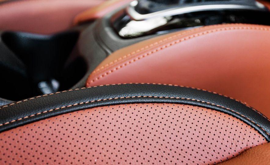 2017 Nissan Rogue SL AWD - Slide 29