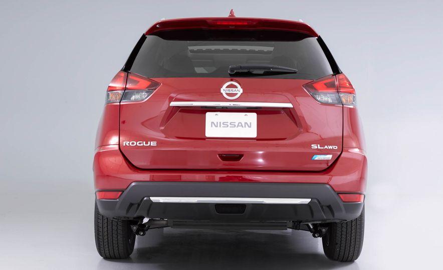 2017 Nissan Rogue SL AWD - Slide 36