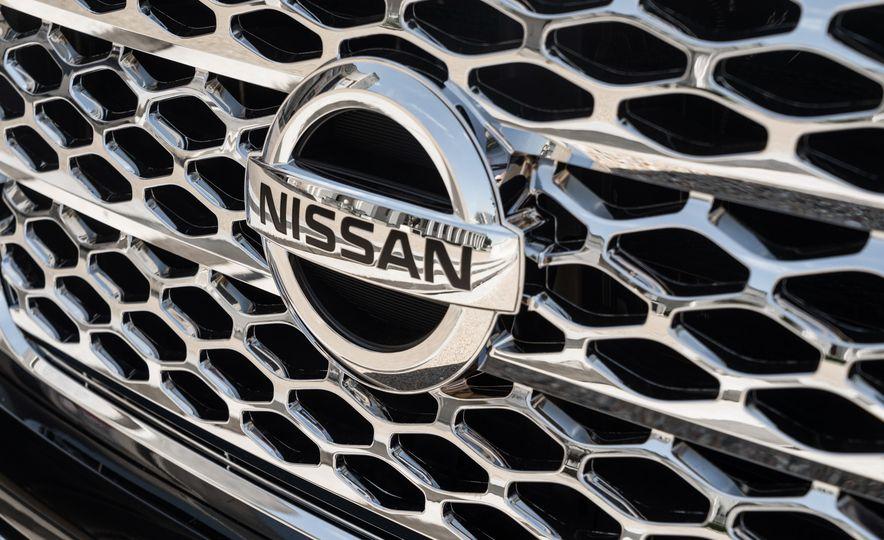 2017 Nissan Texas Titan - Slide 10