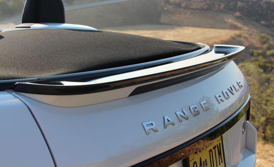 2017 Land Rover Range Rover Evoque convertible - Slide 20