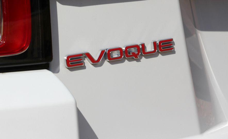 2017 Land Rover Range Rover Evoque convertible - Slide 22