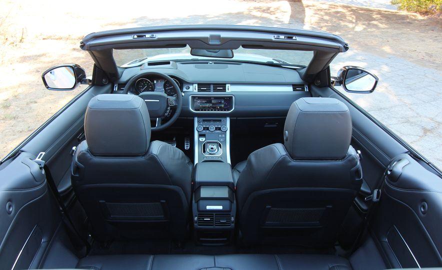 2017 Land Rover Range Rover Evoque convertible - Slide 35