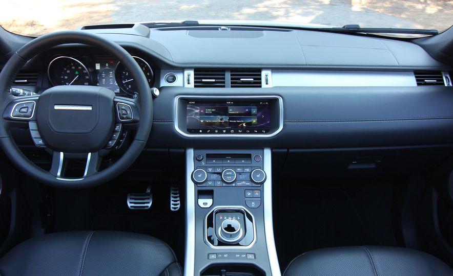 2017 Land Rover Range Rover Evoque convertible - Slide 38