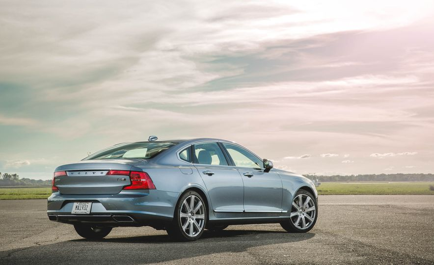 2017 Volvo S90 T6 AWD Inscription - Slide 5