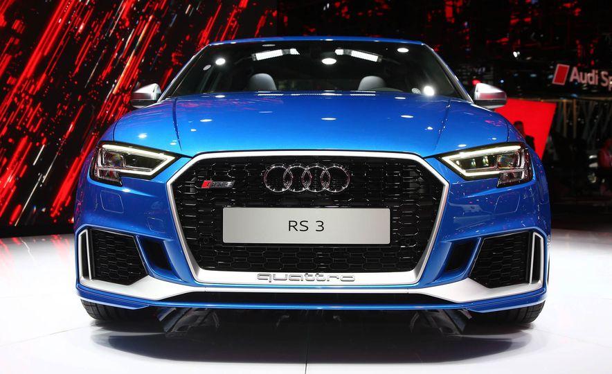2018 Audi RS3 - Slide 2