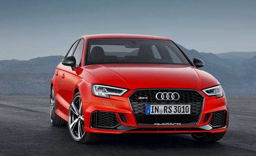 2018 Audi RS3 - Slide 17