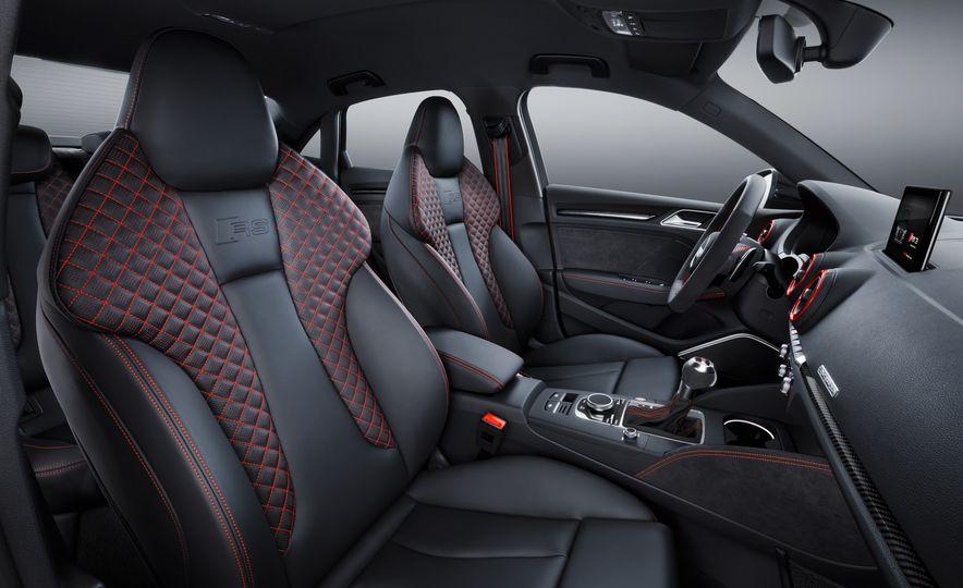 2018 Audi RS3 - Slide 25