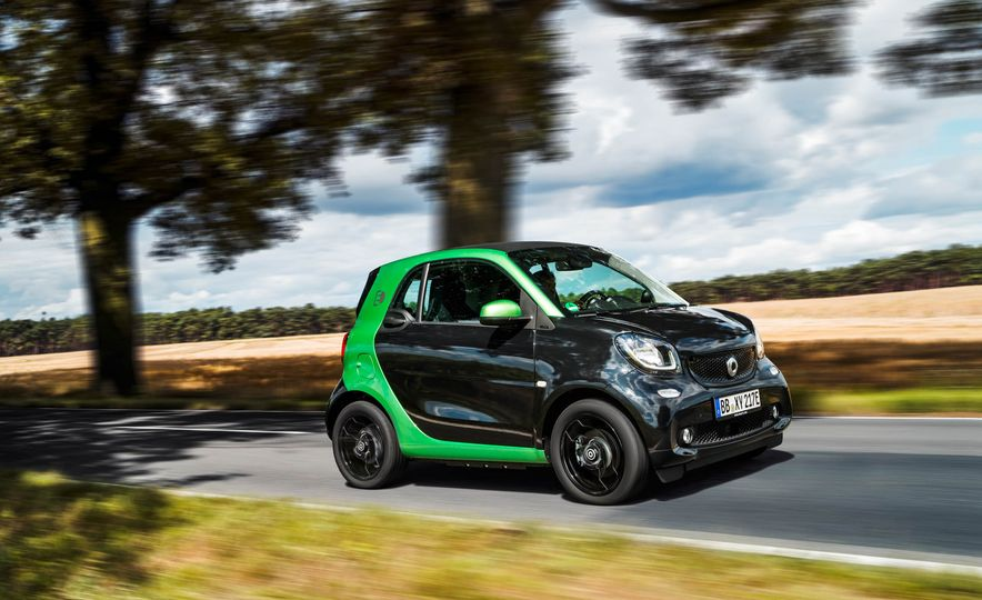 2018 Smart Fortwo Electric Drive - Slide 6